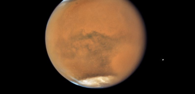 Mars set for close approach to Earth Tuesday, and you can watch that event