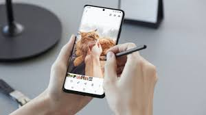 Samsung S Pen Pro is a pencil-sized stylus for the S21 Ultra
