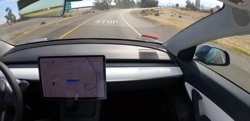 See: Tesla's Full Self-Driving navigate from SF to LA with (almost) no help