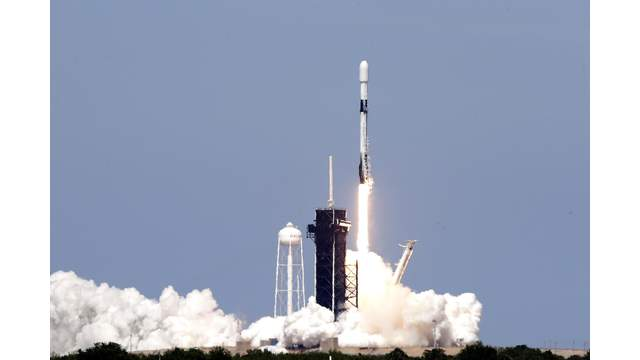 SpaceX prepares for 2nd launch this week with ridesharing mission
